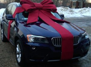дарственная на автомобиль близкому родственнику